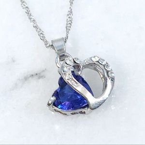 Jewelry - Blue Crystal Floating Heart Pendant Necklace
